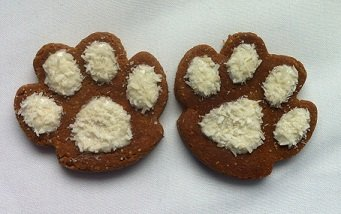 Homemade Gluten Free Peanut Butter Snowy Paws Dog Treats