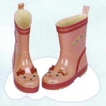 Kids kitty cat rain boots from Kidorable. These cute boots are made of