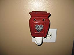 Scentsy Plug-in Warmer (Heartfelt Plug-in Warmer) by Scentsy