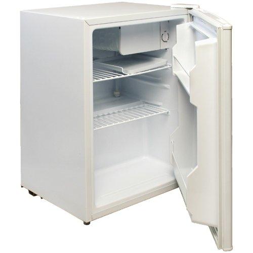 Magic Chef Compact Refrigerator Freezer front-310553