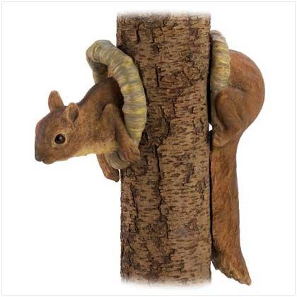Squirrel Tree Decor