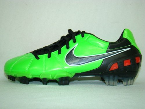 Nike T90 Laser III Firm Ground Football Boots, Size UK7