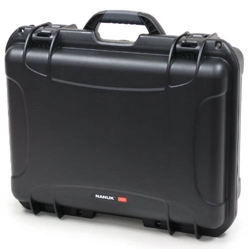 Nanuk 930 Case with Padded Divider (Black)
