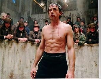PHOTO D8289 Robert Downey Jr shirtless at Amazon's Entertainment