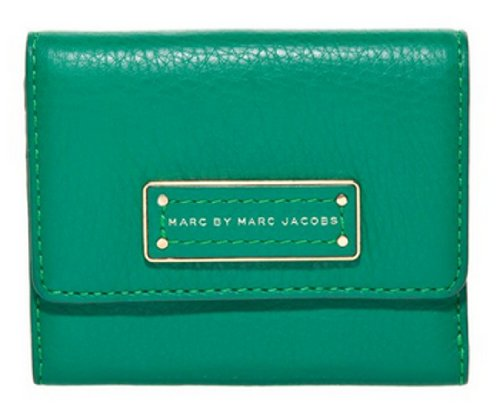 Marc By Marc Jacobs Marc Jacobs Too Hot To Handle Billfold Wallet in Soccer Pitch Green