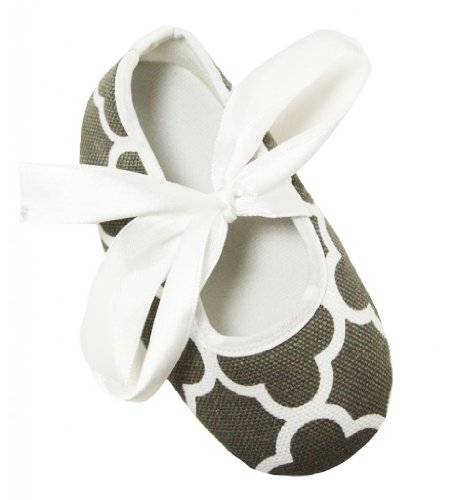 Gray And White Quatrefoil Baby Crib Shoes ( 12-18 Months ) front-12077