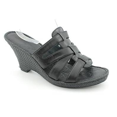 New Born Tinka Wedge Black Ladies 8 $105