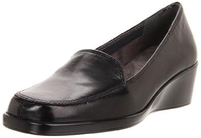 Aerosoles Women's Final Exam Wedge Loafer,Black Leather,5 M US