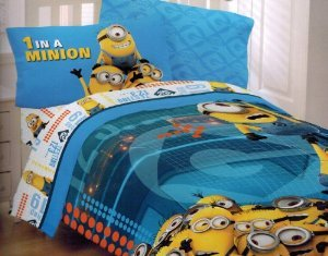 Despicable Me Minions At Work Full Size Comforter front-584093