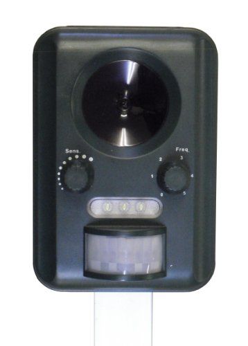 selections-gfa805-solar-powered-battery-operated-ultrasonic-cat-repeller-batteries-included