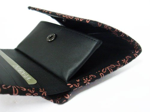 印伝の財布の画像
