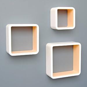 Juego de 3 estanterías en forma de cubo con diseño retro en blanco con el interior marrón claro mate