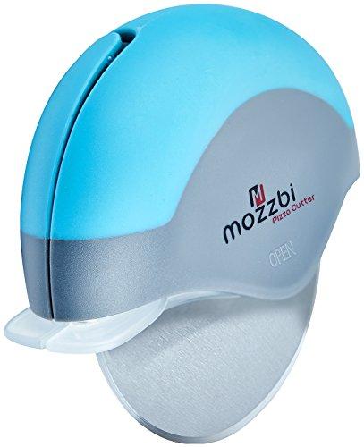 roulette-de-decoupe-pizza-acier-inoxydable-avec-garde-lame-integree-en-bleu-chaux-et-rouge-de-mozzbi
