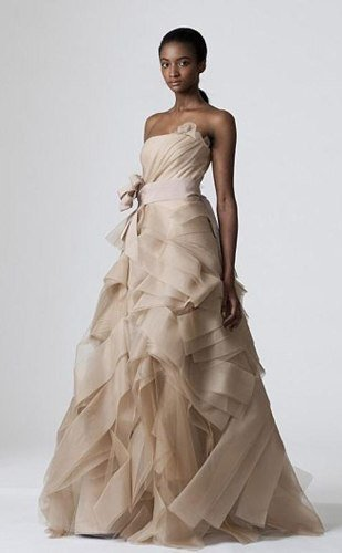 Vera Wang Bridal Collection - Vogue #2118 - Sizes