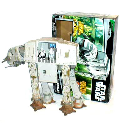 Star Wars Saga Collection AT-AT W/ figures
