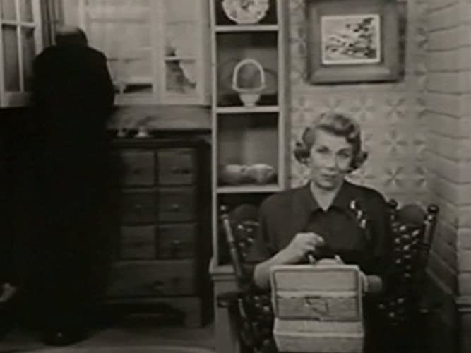 The George Burns and Gracie Allen Show Season 2 Episode 4