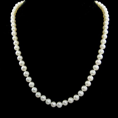 Culture Freshwater White Smooth Pearl Necklace Nice Lustre with Silver Clasp 18 Inch