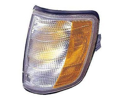 DRIVER SIDE SIGNAL LIGHT Mercedes-Benz E300, Mercedes-Benz E320, Mercedes-Benz E420, Mercedes-Benz E500 SIGNAL/CORNER LIGHT;; AMBER/CLEAR LENS (Mercedes E320 Clear Corner Lens compare prices)