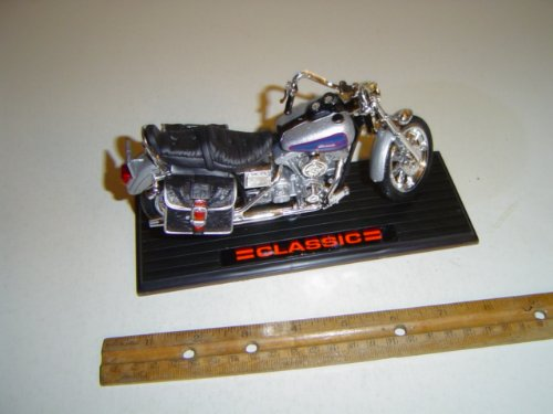 Classic Motorcycle 011 Scale 1:13 Silver Diecast