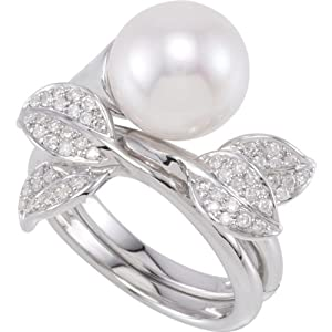 Sterling Silver 1/3 ct tw Freshwater Cultured Pearl and Diamond Hinged Two Finger Ring