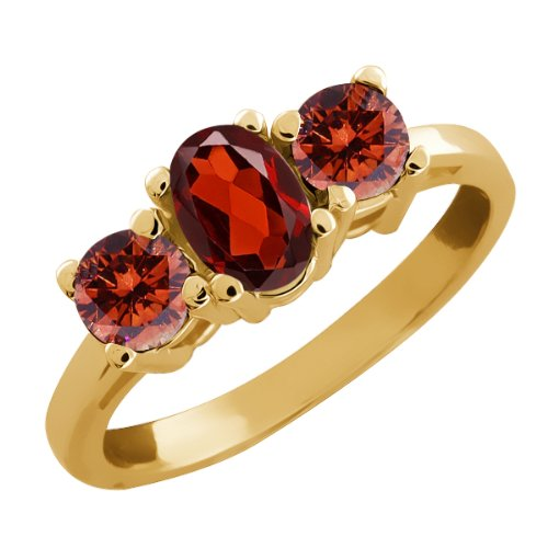 1.05 Ct Oval Red Garnet and Cognac Red Diamond 14k Yellow Gold Ring
