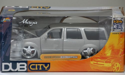 2003-ford-expedition-1-24-dub-city-diecast-by-dub-city