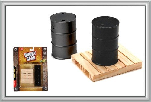 Hobby Gear - 1:24 Scale Garage Pallet & Drums Model Set