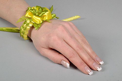 Corsage de poignet artisanal pour demoiselle d'honneur