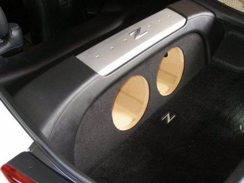 """Zenclosures Nissan 350Z 2-10"""" Subwoofer Box"""