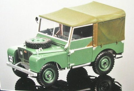 Minichamps 1:18 Land Rover 1948 Green
