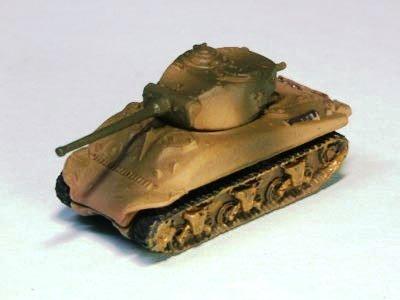 アメリカ軍 M4 シャーマン 中戦車 A1 型 三色迷彩(オリーブドラブ・イエロー)