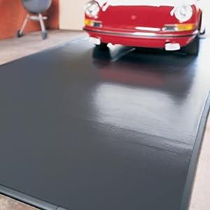 Clean park 60920 9 feet x 20 feet vinyl garage mat silver for Clean grease off garage floor