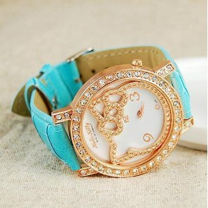 Hello Kitty Watch Rose Gold Rhinestone Watch Blue with Red Heart Love Necklace