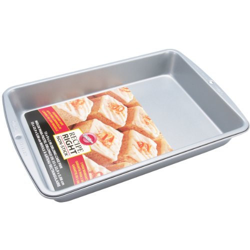 Wilton Recipe Right 13 x 9-Inch Oblong Pan
