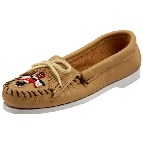 Minnetonka Women's Thunderbird Smooth Moccasin,Natural,7.5 M US