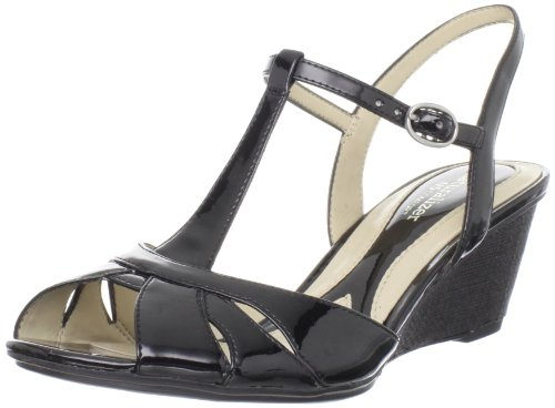 Naturalizer Women's Holt Sandal,Black,9 M US