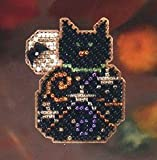 Magic Kitty - Pin Kit - Cross Stitch Kit