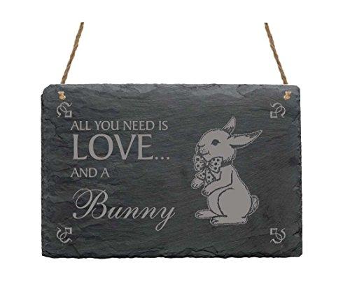 schiefertafel-schild-all-you-need-is-love-and-a-bunny-mit-hase-motiv-01-heim-haus-garten-dekoschild-