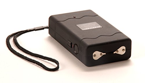Barracuda BC-37 Shark Rechargeable Stun Gun with Safety/Disable Pin 3.7 Million (Barracuda Stun Gun compare prices)