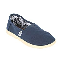 Toms Kids Classics Youth Canvas Navy Casual Shoe 5.5 Kids US