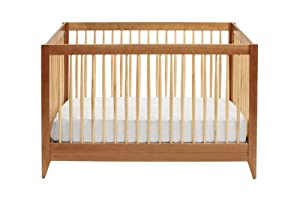 DaVinci Highland 4-In-1 Convertible Crib with Toddler Rail, Chestnut with Natural