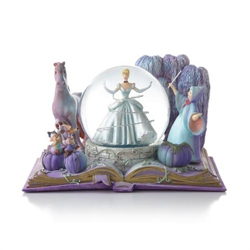Hallmark Disney Collection CLX2001 Cinderella Water Globe