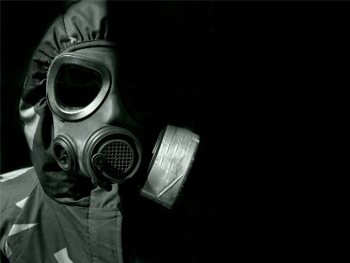 12 X 16 INCH / 30 X 40 CMS CHEMICAL WARFARE GAS MASK RUBBER PHOTO FINE ART PRINT POSTER HOME DECOR PICTURE BMP431B (Gas Mask Picture compare prices)