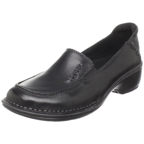 Clarks Women's Mill Town Loafer,Black,10 N US