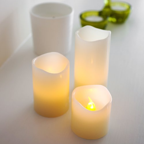 LED Candles 3 Wax Vanilla Scented with Melted Edges by Lights4fun