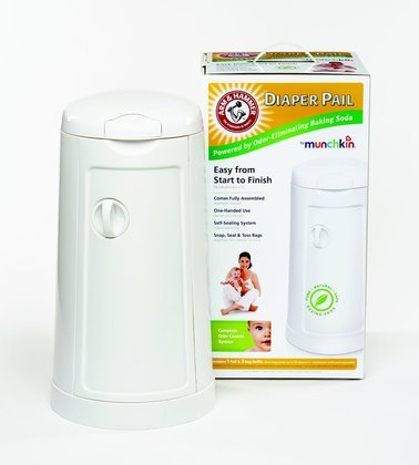 Munchkin Arm and Hammer Diaper Pail, White