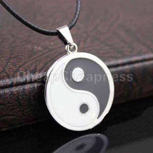 Hotter Sale Yin Ying Yang Pendant Black White Necklace Charm with Black Leather Cord