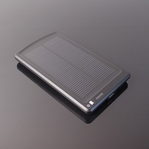 NEW Fast Solar Charger 3000mAh PowerBank ideal for iPhone 4 4S iPod Nokia PSP