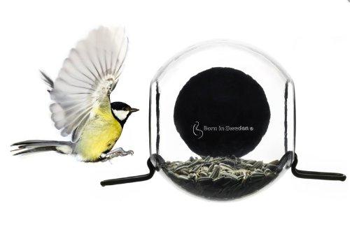 Born-in-Sweden-bird-feeder-Vogelhaus