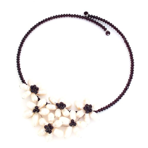 Handmade Adjustable Size Black Beaded Flower Pearl Choker